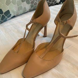 High heels, nice cream colour for summer!